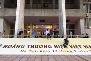Lạ lùng chương trình Nữ hoàng thương hiệu Việt Nam 2019