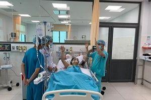 Hút 700ml dịch màng ngoài tim cứu sống bệnh nhân từ… 'cõi chết'