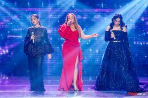 Màn kết hợp 'đỉnh cao' của 3 giọng nữ nội lực: HLV Thanh Hà - Bích Trâm - Bích Tuyết tại The Voice 2019