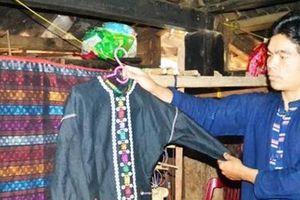 Phục hồi nghề dệt thổ cẩm truyền thống cho người Vân Kiều, Pa Cô