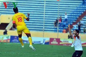 Clip: Siêu phẩm của Lê Văn Phú lọt top 5 bàn thắng đẹp nhất vòng 15