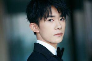 Dịch Dương Thiên Tỉ - sao trẻ đa tài, học giỏi của màn ảnh Hoa ngữ
