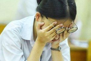 Thầy Hiệu trưởng ngỡ ngàng khi biết học sinh trường chuyên trượt tốt nghiệp vì bị 1 điểm môn Lý