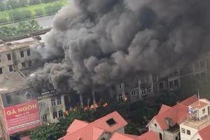 Hà Nội: Cháy lớn ở Thiên đường Bảo Sơn
