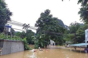Mưa lũ ở Cao Bằng, nước cuốn thiếu nữ mất tích