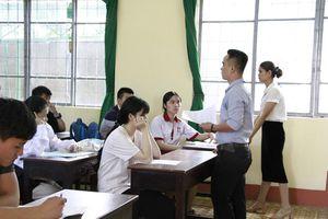Đắk Lắk: Điểm danh những ngôi trường có học sinh đỗ tốt nghiệp 100%