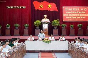 Thủ tướng Nguyễn Xuân Phúc: Cần có sự kết nối toàn diện giữa TP. HCM và ĐBSCL