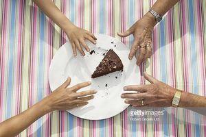Thói quen chừa lại miếng thức ăn cuối cùng: Miếng sĩ diện hay miếng nhường nhịn nhau?
