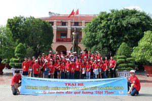 Trại hè thanh thiếu niên kiều bào TP.HCM: Gắn kết với biển đảo quê hương