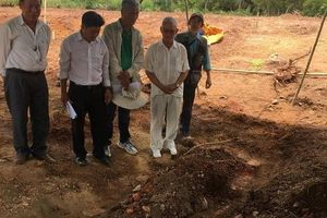 Vụ lăng mộ vợ vua Tự Đức bị san lấp: Thống nhất xây dựng lại tại vị trí cũ