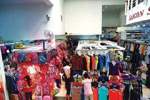 Saigon Square và chợ Bến Thành bị phát hiện bán hàng nghi giả mạo thương hiệu