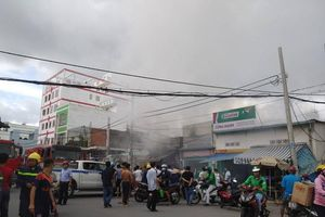 TP Hồ Chí Minh: Nổ bình gas gây cháy ở quận Tân Bình