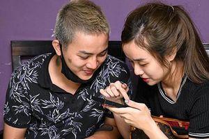 Soi cuộc sống Hoài Lâm và bạn gái sau 1 năm ở ẩn