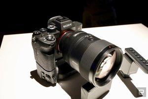 Máy ảnh Sony A7R IV ra mắt hoành tráng, giá 81 triệu đồng