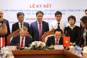 Mở ra giai đoạn hợp tác mới trong GD-ĐT giữa Việt Nam và Latvia