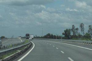 Xử lý thế nào người đi bộ trên cao tốc gây tai nạn?