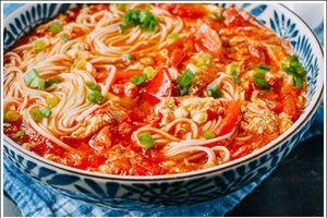 Nấu mì cà chua trứng siêu tốc cho bữa sáng ai cũng 'tấm tắc' khen ngon