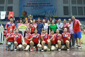 Sở Văn hóa Thể thao vô địch Giải Bóng chuyền hơi nữ Công đoàn viên chức Nghệ An
