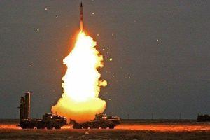 Tình báo Mỹ chê hệ thống S-400 có khả năng bị 'mù' và 'dễ tiêu diệt', chuyên gia Nga phản pháo ra sao?