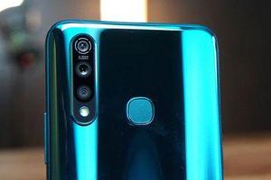 Smartphone 3 camera sau, chip S712, pin 5.000 mAh, giá 5 triệu đồng