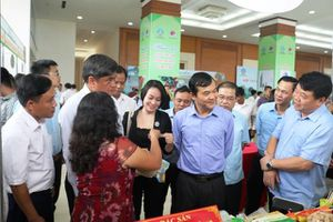 Central Group Việt Nam đẩy mạnh tìm kiếm hàng Việt ở Phiên chợ HTX nông nghiệp vùng cao
