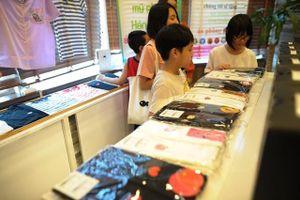 Khai trương phòng trưng bày giới thiệu và bán các sản phẩm có hình nhân vật nhóm nhạc BTS