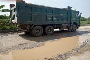 Thái Bình: Vì sao xe quá khổ, quá tải ngang nhiên hoạt động?