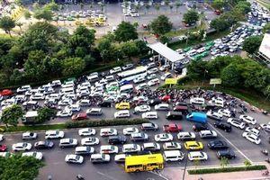Thu phí ô tô vào trung tâm TP. HCM: Không thể thu phí đồng giá 40 – 60 nghìn đồng/lượt