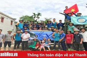 Ban liên lạc sinh viên Thanh Hóa tại ĐH Thương Mại: Nhiều hoạt động ý nghĩa trong chiến dịch mùa hè xanh tại huyện Thường Xuân
