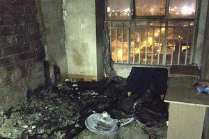 Cháy chung cư ở Đà Nẵng, người dân hoảng loạn tháo chạy trong đêm