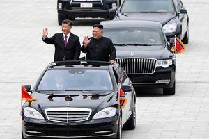 Chuyến đi 'vòng quanh thế giới' của 2 xe limousine để vào Triều Tiên