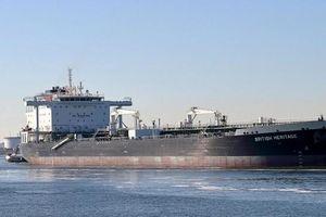 Bộ trưởng Quốc phòng Anh lo ngại về việc bảo vệ hàng hóa ở Eo biển Hormuz