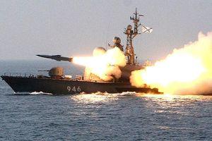 Chiến hạm Nga 'rào rào' phóng tên lửa chống hạm siêu thanh trên biển Nhật Bản