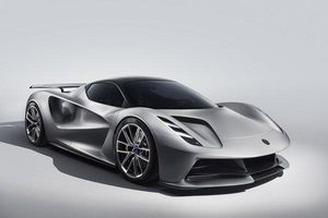 Mục sở thị siêu xe điện 49 tỉ của Lotus vừa 'lên sàn'