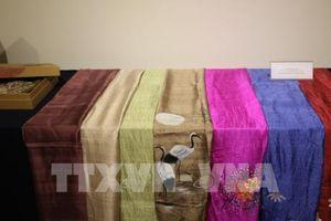 Sản phẩm thổ cẩm và lụa Việt Nam đi triển lãm tại Hàn Quốc