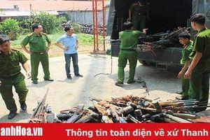 Vận động nhân dân giao nộp 84 khẩu súng tự chế