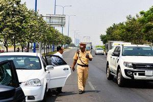 Lực lượng CSGT sẽ tạm giữ xe ô tô trong tình huống vi phạm nào?