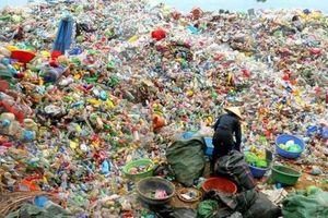 Khó khăn trong việc khai tử đồ nhựa