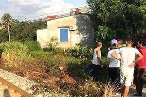 Hải Dương: Cố băng qua đường sắt, 2 nữ sinh tử vong