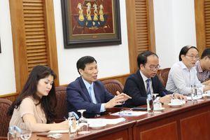 Tạo điều kiện thuận lợi cho việc thành lập và hoạt động của cơ sở văn hóa nước ngoài tại Việt Nam