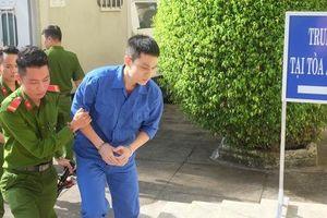 Đang xét xử vụ thiếu úy tạt axít vợ sắp cưới ở Đà Nẵng: Bức xúc từ 'tin nhắn tình cảm'?