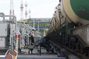 Ukraine áp dụng thuế đặc biệt đối với dầu diesel và khí hóa lỏng của Nga