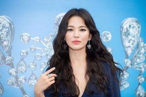 Song Hye Kyo có cuộc phỏng vấn đầu tiên sau ly hôn, muốn chờ 'định mệnh chỉ lối'