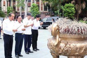 Phó Thủ tướng Trương Hòa Bình: Sơn La cần trở thành 'địa chỉ đỏ' trên bản đồ du lịch về nguồn