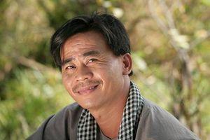 Diễn viên Chánh Thuận bị tai biến mạch máu não, liệt nửa người