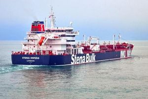 Căng thẳng gia tăng tại Trung Đông, Anh cáo buộc Iran bắt giữ 2 tàu dầu ở Eo biển Hormuz