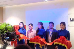 Công ty đèn Unios (Úc) mở showroom tại Hà Nội