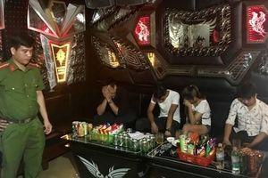 Đột kích quán karaoke bắt quả tang 47 đối tượng sử dụng ma túy
