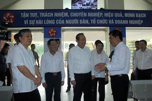Phó Thủ tướng Thường trực Chính phủ Trương Hòa Bình kiểm tra công tác CCHC tại Sơn La