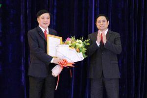 Đồng chí Bùi Văn Cường, Chủ tịch Tổng Liên đoàn Lao động Việt Nam được điều động giữ chức Bí thư Tỉnh ủy Đắk Lắk